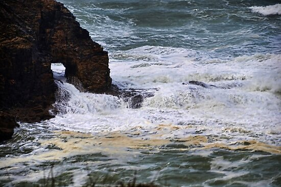 Droskyn Point, Perranporth . Cornwall UK by lynn carter