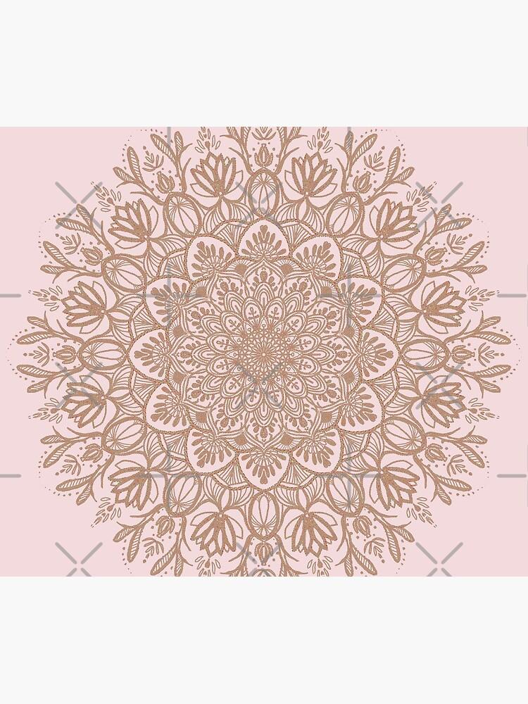 Rose Gold Beige Mandala von artbysavi