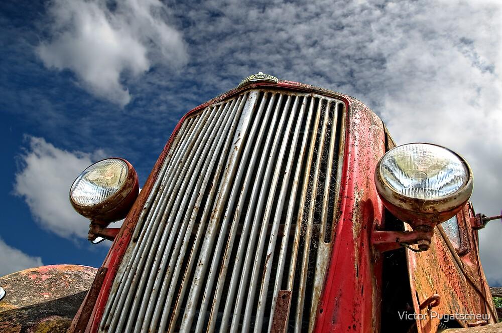 Wreck in Daylesford by Victor Pugatschew