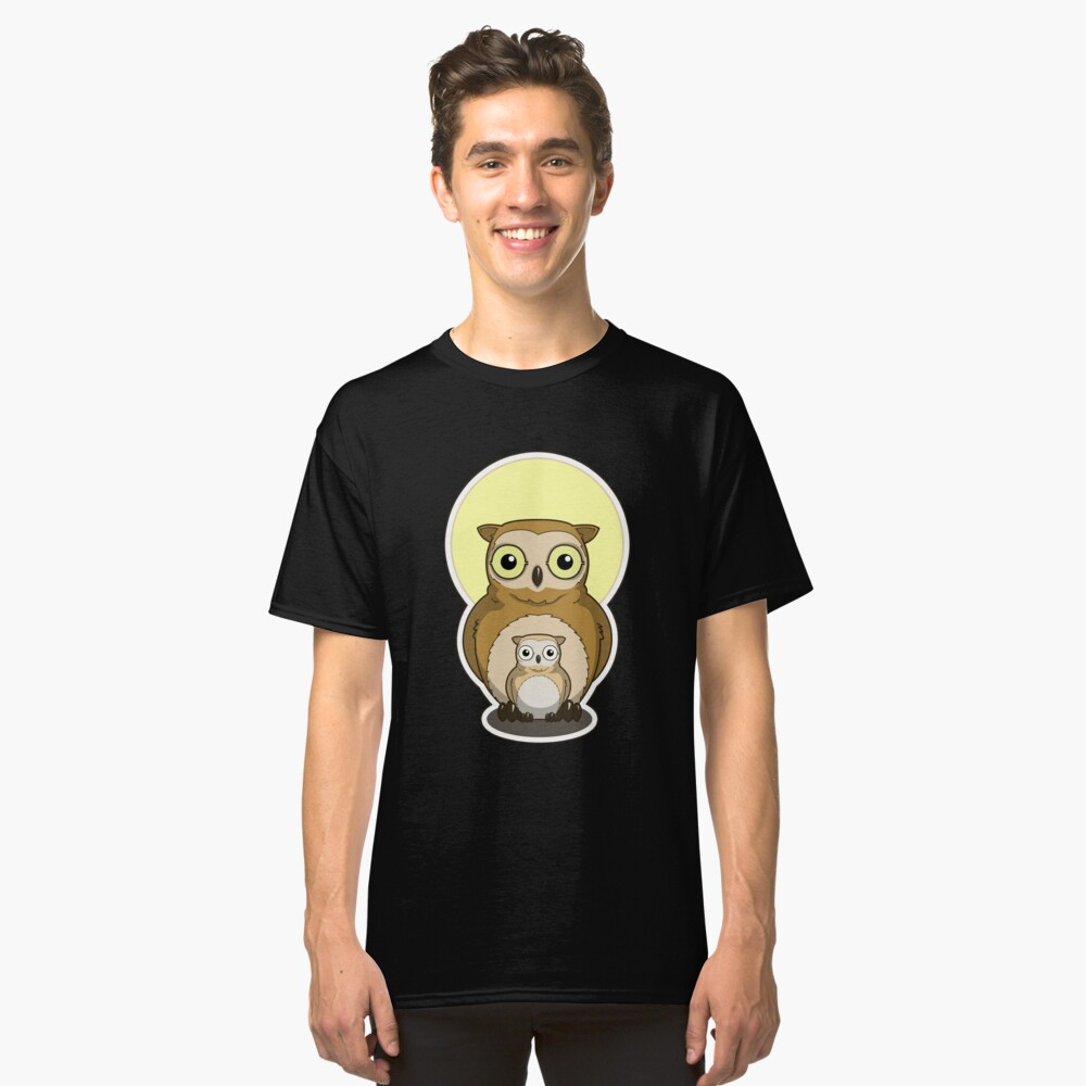 Cute Night Owl and Baby Classic T-Shirt Front