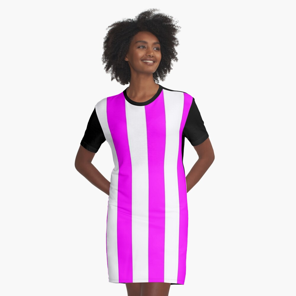 my new obession Graphic T-Shirt Dress Front