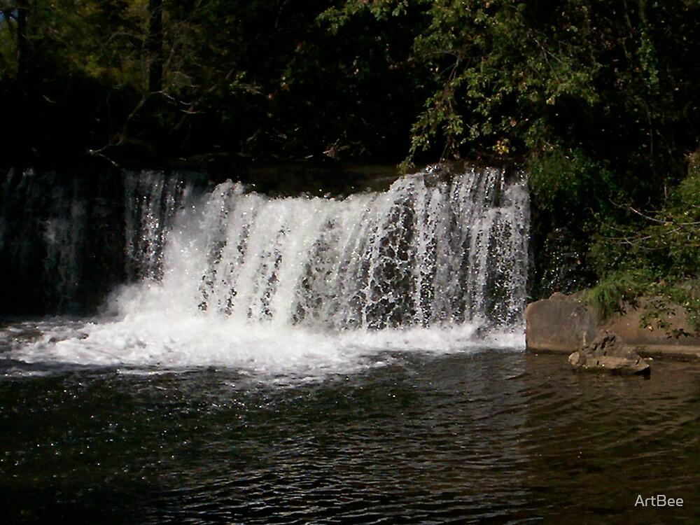 Waterfall   by ArtBee
