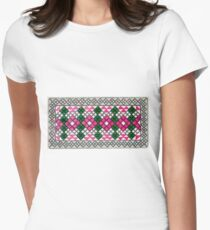 Узор балкарского или карачаевского войлочного ковра - Pattern of Balkarian or Karachai felt carpet Women's Fitted T-Shirt