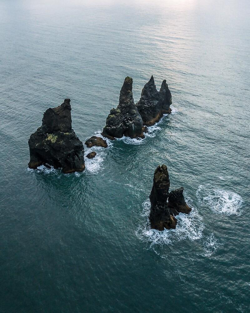 Sea stacks on the Icelandic Coast near Vik - Landscape Photography by Michael Schauer