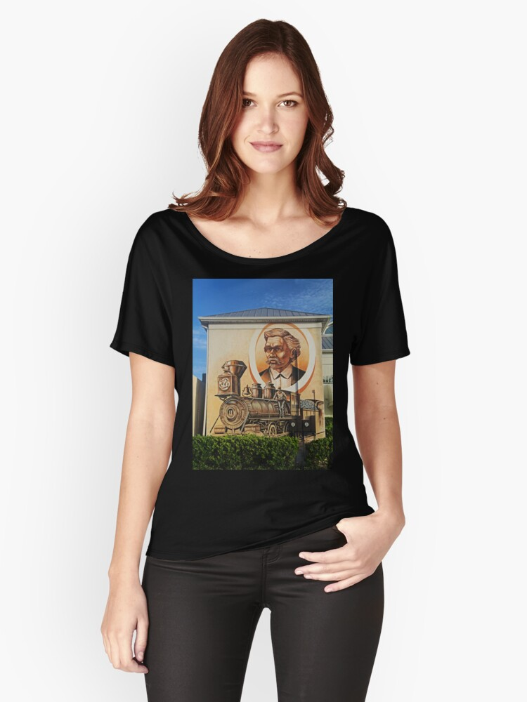 Punta Gorda Mural Women's Relaxed Fit T-Shirt Front