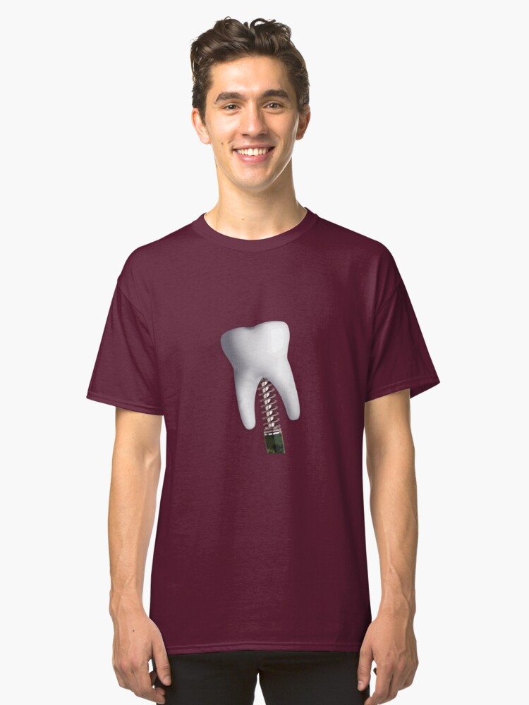 BIG BOUNCY TOOTH Classic T-Shirt Front
