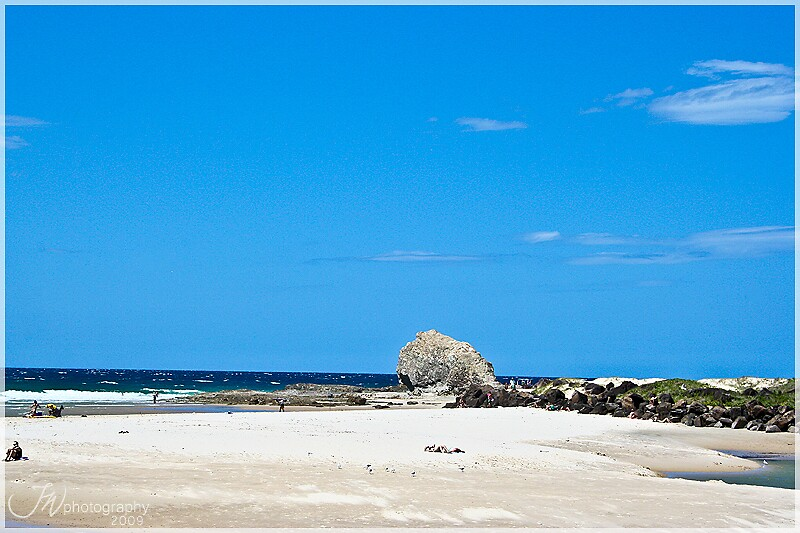 Currumbin Beach by JenWhiting