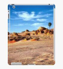 Walls of China - Mungo National Park iPad Case/Skin