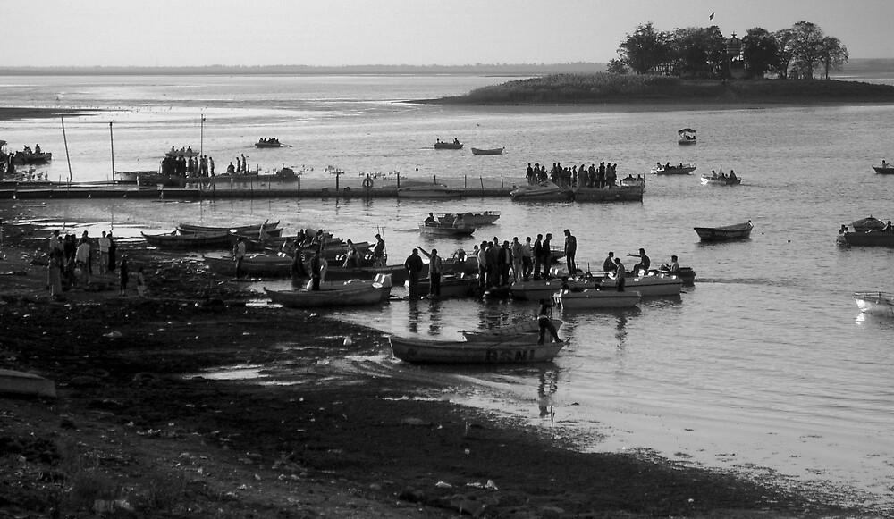 The lake scene by nisheedhi