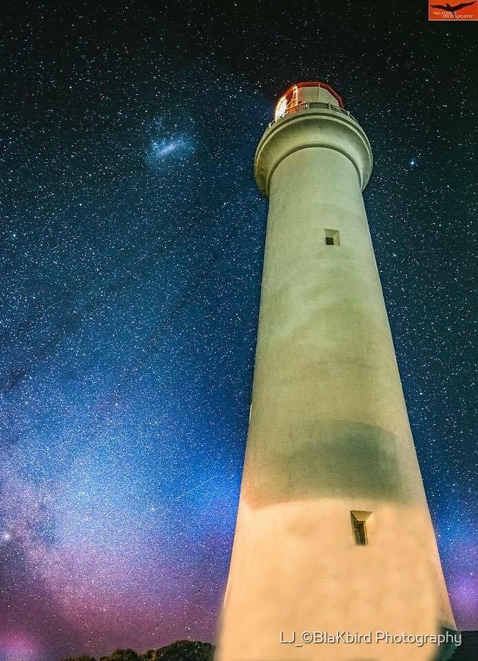Light house Aurora  Australis  by LJ_©BlaKbird Photography