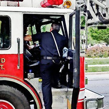 Fireman Climbing into Fire Truck by SudaP0408