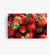 Fresh red strawberry fruits Canvas Print