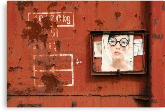 Special Cargo by pusztafia