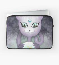 Mystic Miku | Crystal Ball | Close up Laptop Sleeve