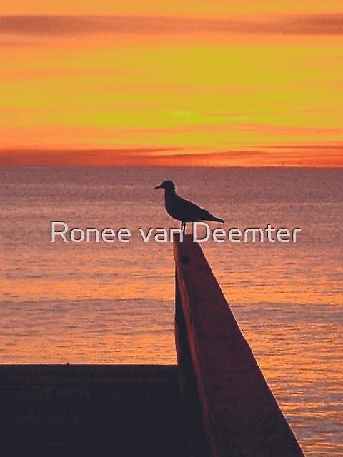 Waiting alone by Ronee van Deemter