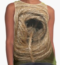 A coarse rope of natural material Contrast Tank