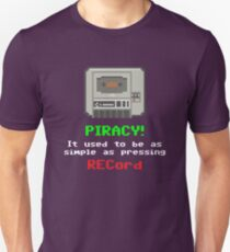 Gaming [C64] (Funnies) - Piracy! Unisex T-Shirt