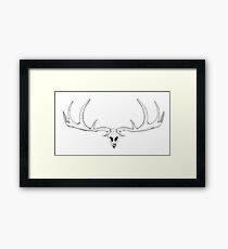 Dark skul whis antlersl of a deer  Framed Print