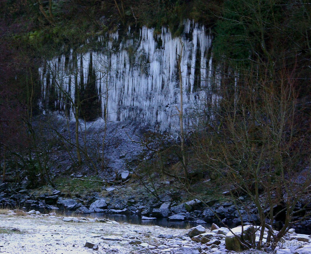 Icicle Cliff by Trevor Kersley