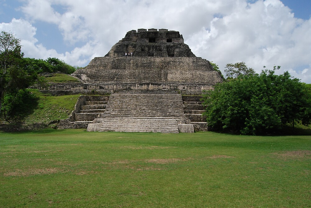 Another view of Xunantunich (maiden of the rock) by barjon581