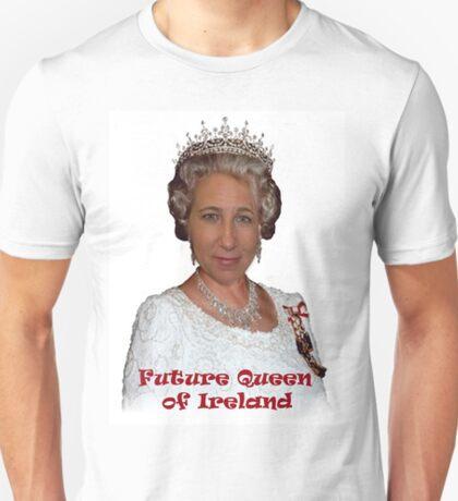Queen Mechelle  T-Shirt