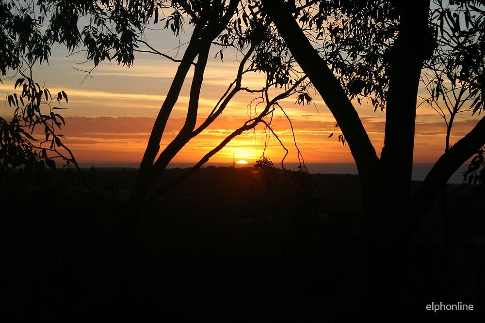 Adelaide Hills Sunset. by elphonline
