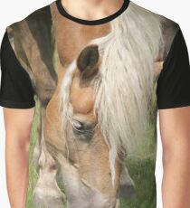 Halfinger horse Graphic T-Shirt