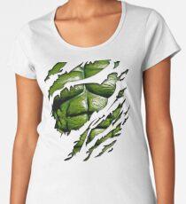 Grüne Muskeltruhe im lila zerrissenen zerrissenen T-Stück Premium Rundhals-Shirt