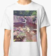 Green Rocks and waterfall Classic T-Shirt
