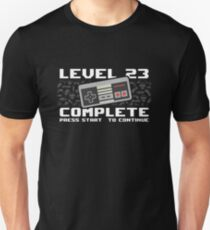 Level 23 Complete 1995 Gamer 23rd Birthday Gift Unisex T-Shirt