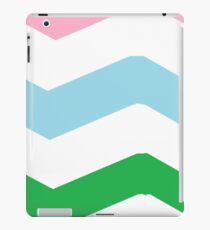 large chrevron pattern  iPad Case/Skin