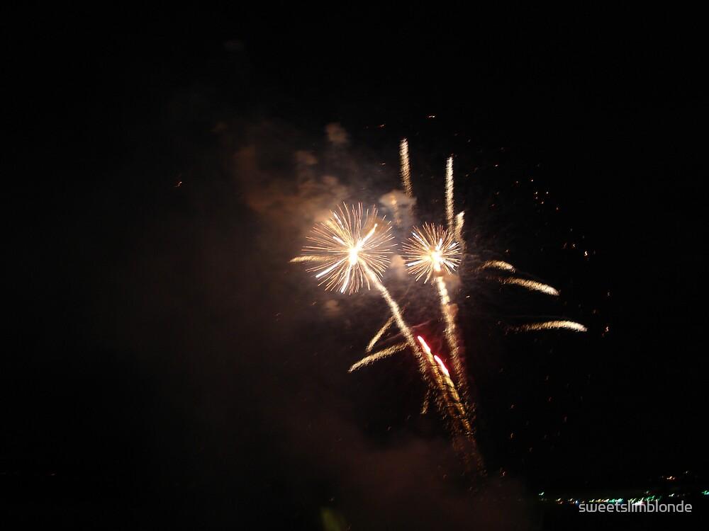 Split Fire by sweetslimblonde