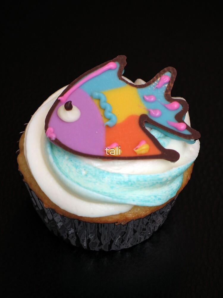 Fish Cupcake by tali