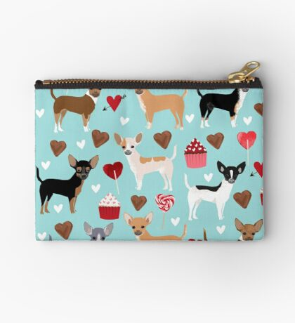 Chihuahua love hearts cupcakes valentines day gift for chiwawa lovers Zipper Pouch