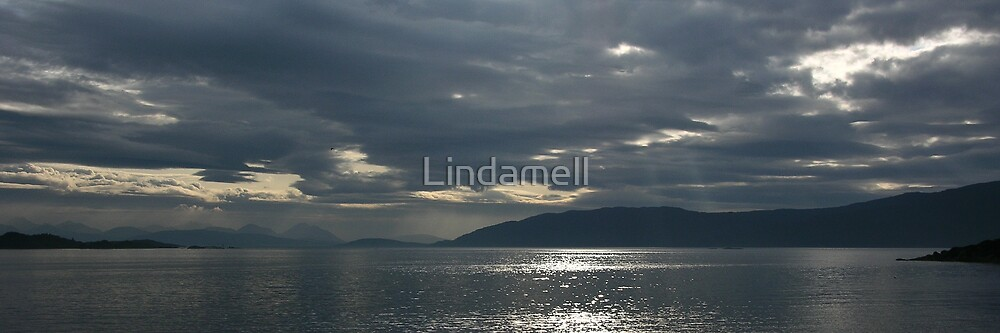 Loch Carron  by Lindamell