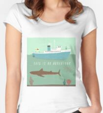 The Belafonte Women's Fitted Scoop T-Shirt