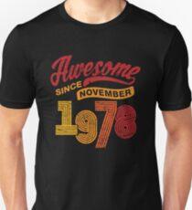 Awesome Since November 1978 Shirt Vintage 40th Birthday Slim Fit T-Shirt