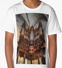 Majestic pipe organ with wooden decoration in the corner of Saint Marie church Long T-Shirt