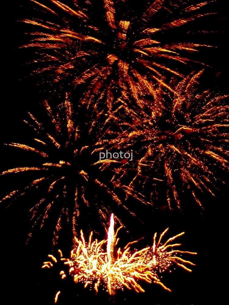 photoj Tas, Hobart New Year Fireworks by photoj