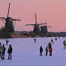 Winter pleasure at Kinderdijk by jchanders