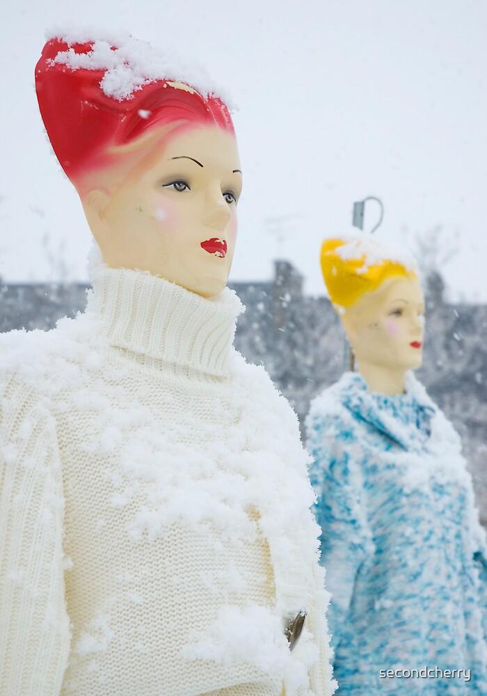 Plastic Fashion by secondcherry