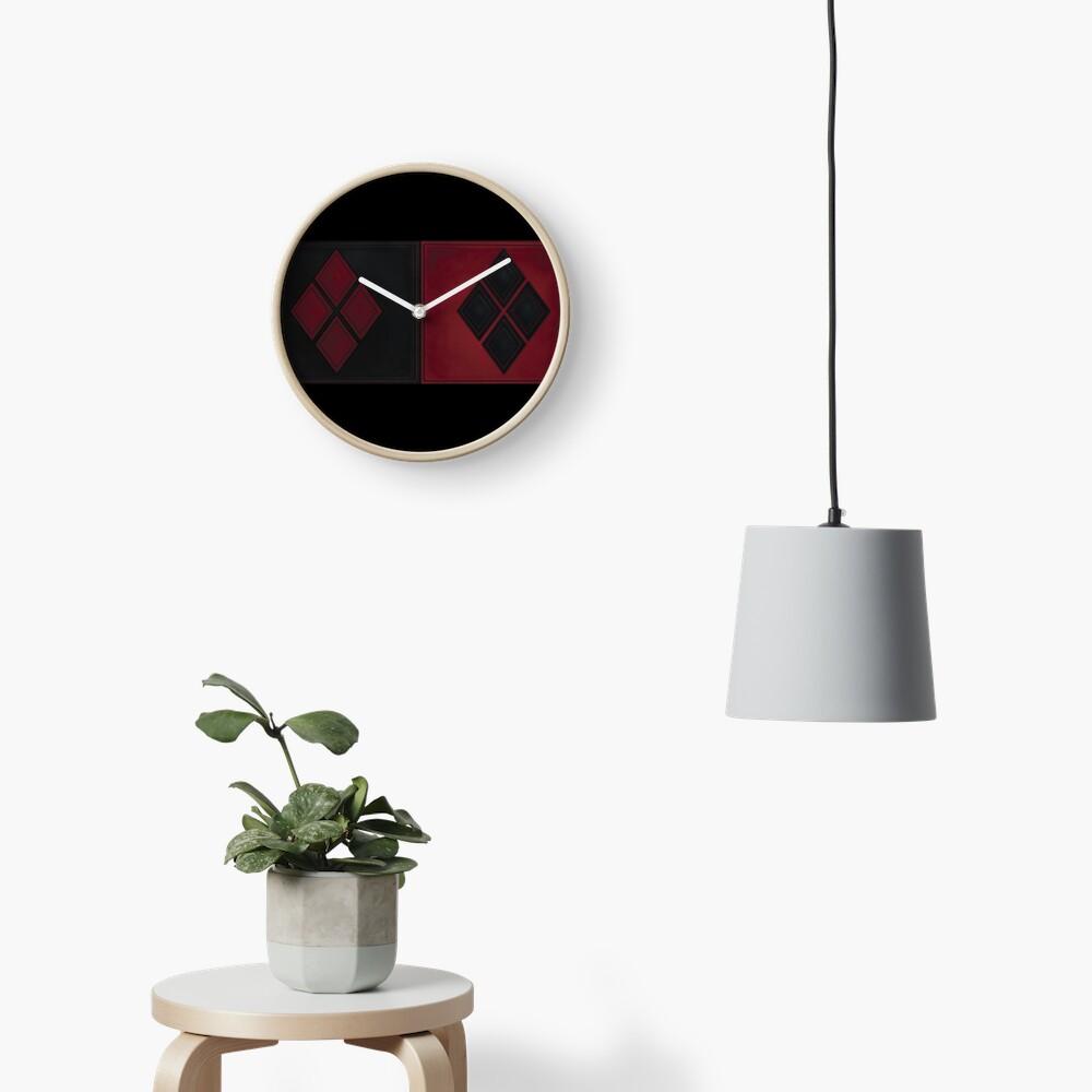 Patchwork Red & Black Leder Effekt Motley mit Diamant Patches 4 Uhr