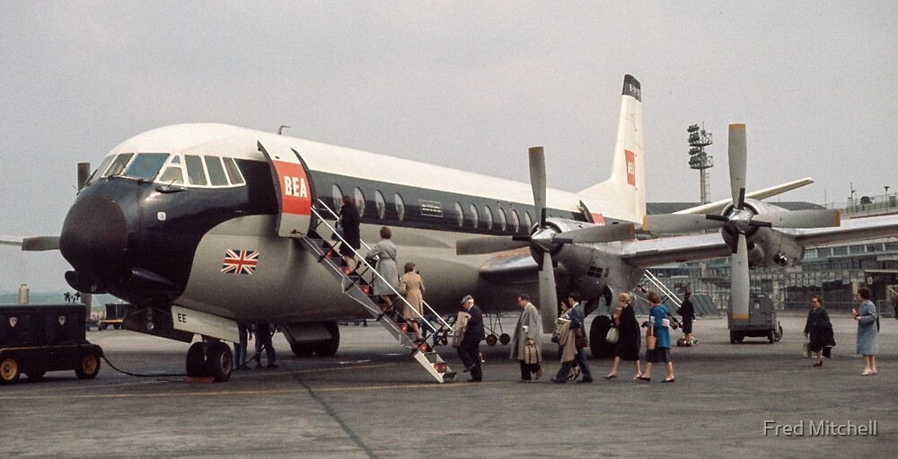 Vanguard at Orly airport 19610419 0179 by Fred Mitchell