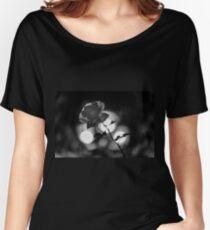 Flower macro Women's Relaxed Fit T-Shirt