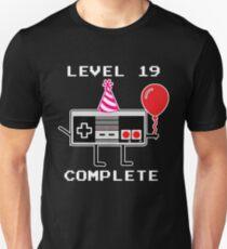 Level 19 Complete, 19th Birthday Gift Idea Unisex T-Shirt