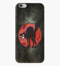 angry black cat against the world iPhone-Hülle & Cover