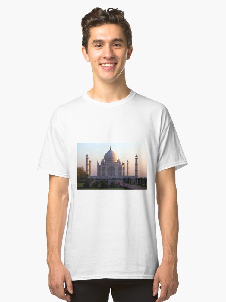 Alternate view of The Taj Mahal at sunrise. Classic T-Shirt