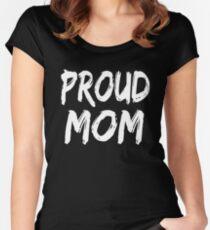 Camiseta entallada de cuello ancho Proud Mom