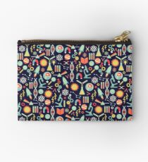 Science Studies Studio Pouch