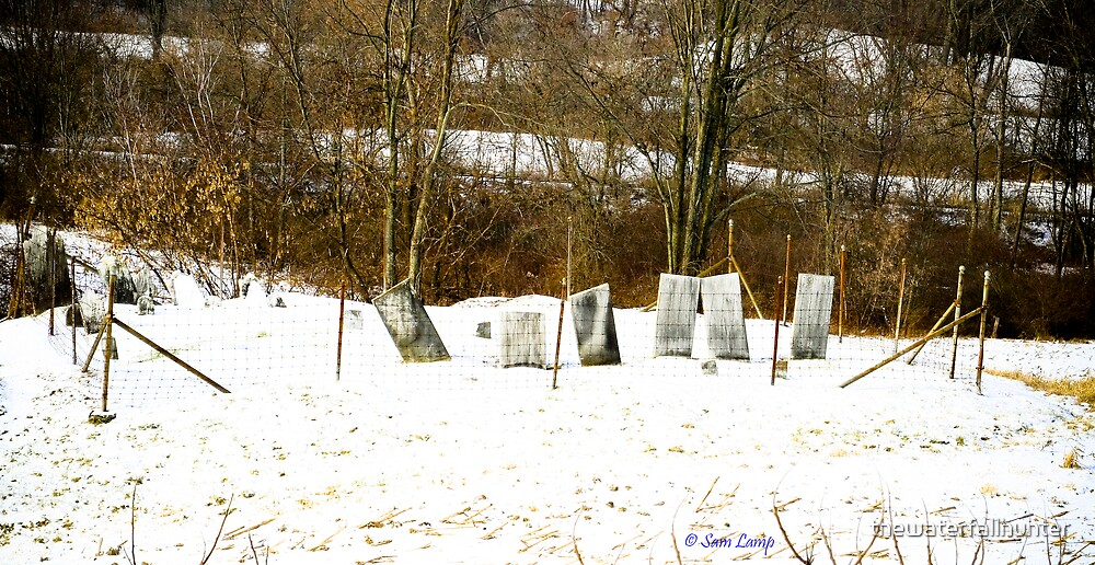 Cyan Cemetery by thewaterfallhunter